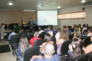 O conselheiro-substituto Francisco Júnior citou as funções típicas e atípicas dos Poderes Legislativos Municipais