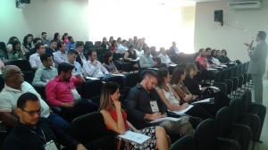 O instrutor Luciano Reis repassou orientações importantes aos participantes do curso sobre contratos administrativos