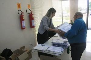 Obras técnicas e informativas do TCE foram distribuídas aos representantes dos municípios durante capacitação em Vilhena