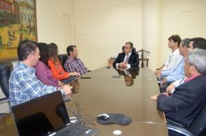 Os conselheiros-substitutos e servidores recém-formados mestres em Ciências Contábeis foram recebidos pelo conselheiro presidente Edilson de Sousa
