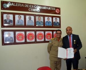 O conselheiro Wilber Carlos dos Santos Coimbra foi homenageado com a Medalha Defesa Civil do Estado de Rondônia