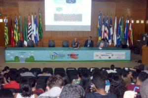 Mesa de debates sobre atividade mineradora em Rondônia marcou o último dia do evento