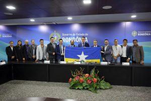 O governador Marcos Rocha, o presidente do TCE, Edilson de Sousa, deputados e demais autoridades citaram a união entre as instituições em prol de melhorias para Rondônia