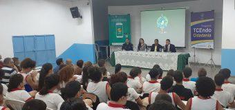 TCE retoma TCEndo Cidadania e anuncia que aplicativo Opine aí vai avaliar qualidade dos serviços prestados pelas escolas de RO